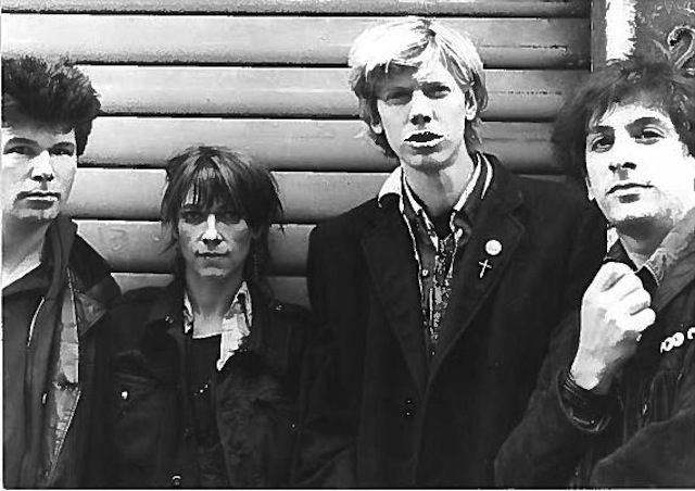 1424799842Early_Sonic_Youth_b_w